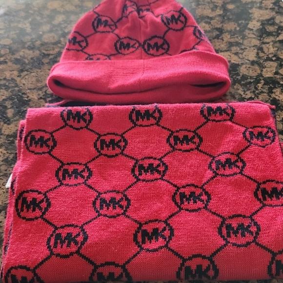 Mk scarf set